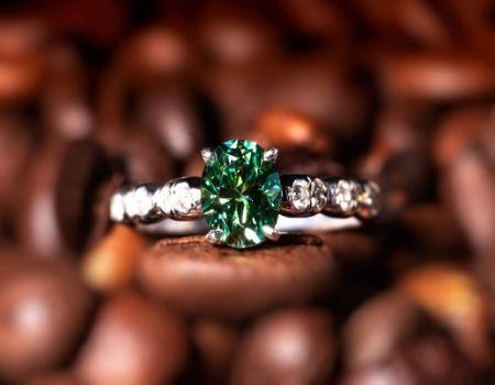 טבעות אירוסין מעוצבות מאייב תכשיטים חנות תכשיטים
