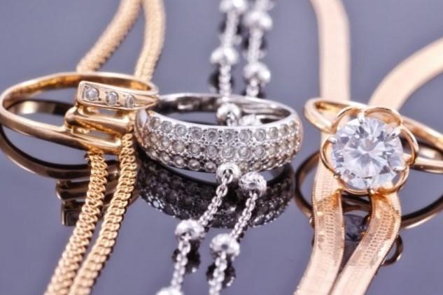 <h3>חנות תכשיטים בבורסה</h3>