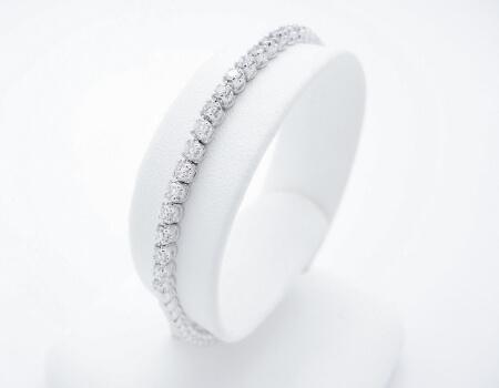 צמיד יהלומים לאישה מאייב תכשיטים חנות תכשיטים